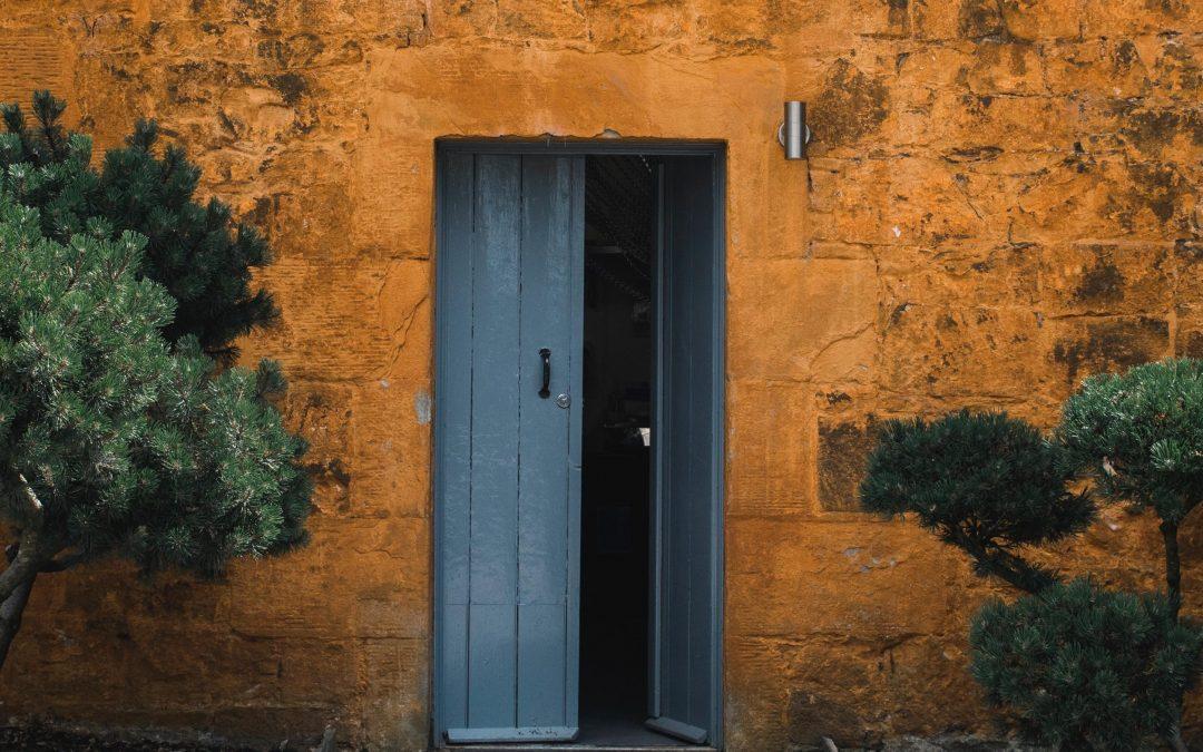 open-door-revelation-3-rbs-blog-image__roan-lavery-776794-unsplash-1080x675